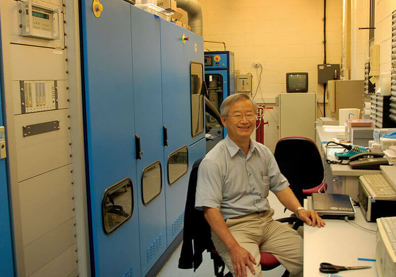 Prof. Wang Nan Wang in his lab
